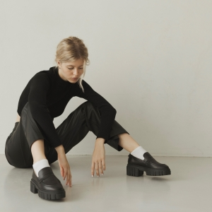 Лоферы Jess черные кожаные фото-2