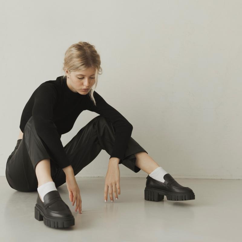 Лоферы черные Jess photo - 2